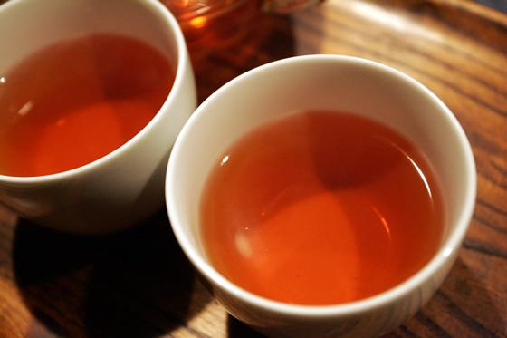 ネパール紅茶のイラムティー抽出写真