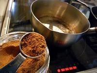 チャイの作り方~ブレンドスパイスを小さじ2杯